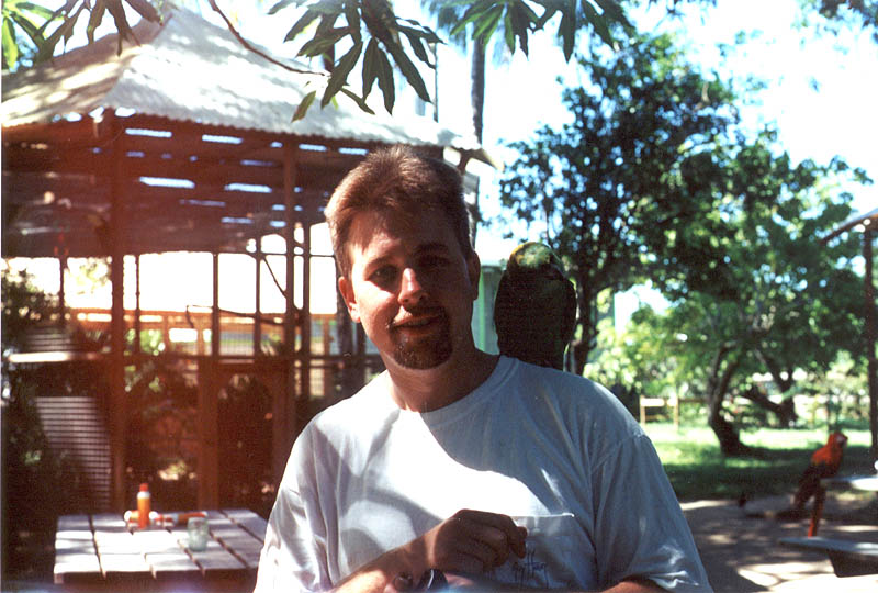 Roatan2000: Curtis and a Parrot