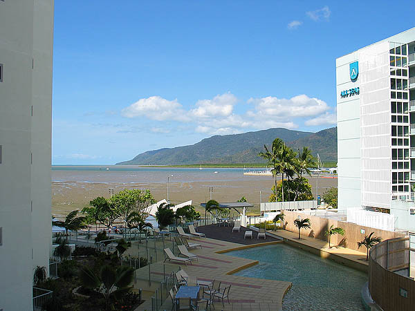 Australia 2004: Cairns View