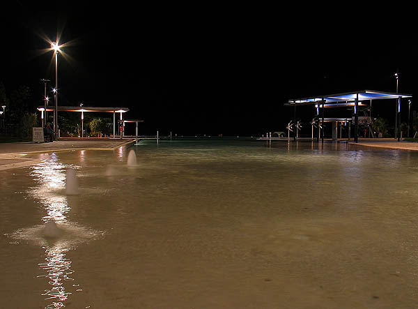 Australia 2004: Cairns Lagoon at Night