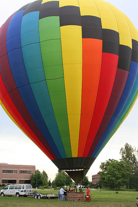 Ballooning 2005: First Balloon Inflated