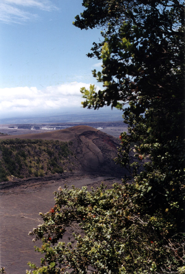 Hawaii: Kilauea Caldera Spout