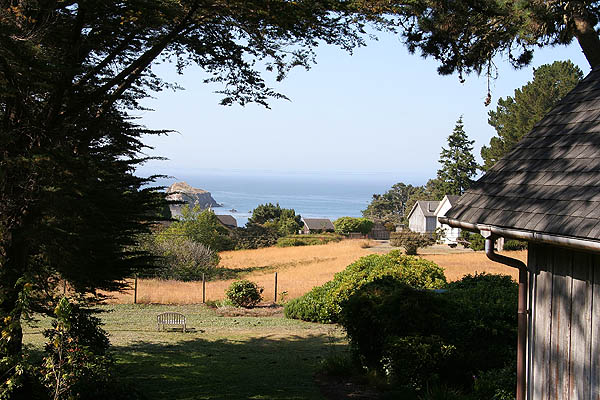 Mendocino 2006: Inn View