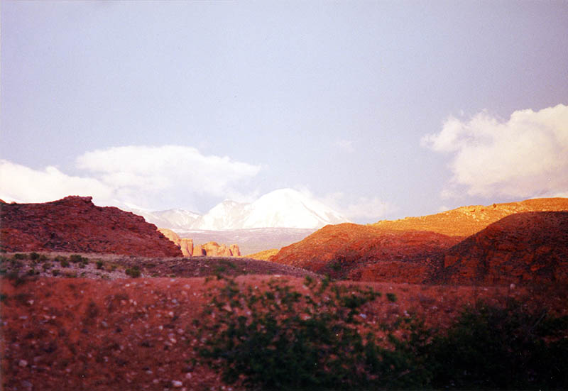 Moab 2001: La Salles at Sunset (Early)