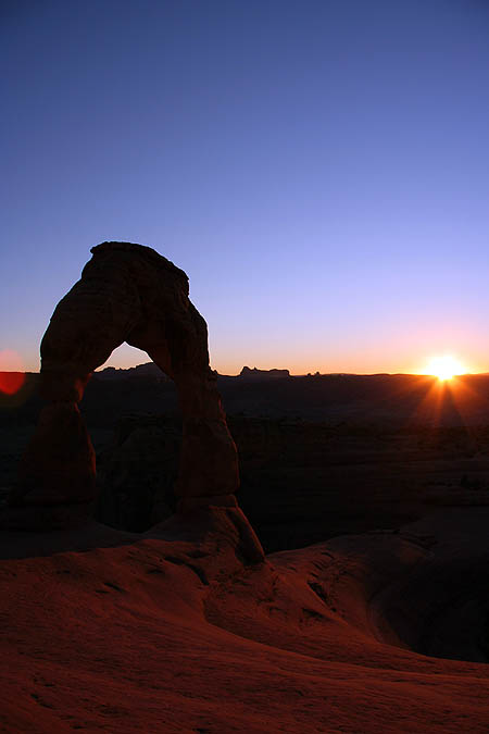 Moab 2005: Arches: Delicate Arch at Sunset 02