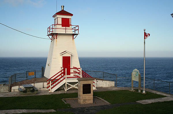 Newfoundland 2005: Ft. Amherst Lighthouse