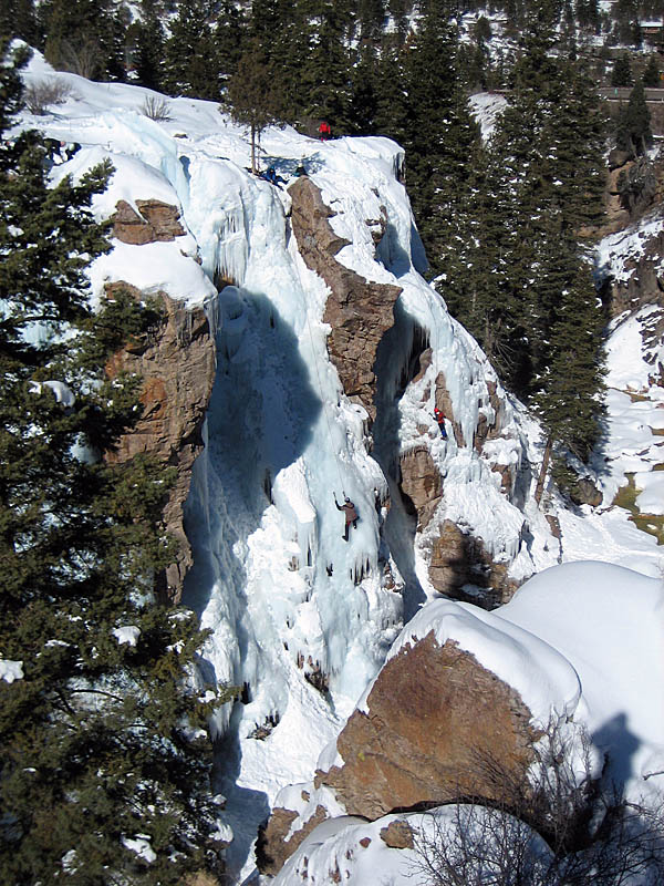 Ouray 2007: Climbers in Scottish Gullies