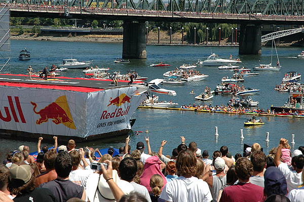 Red Bull Flugtag 2004: X-Wing Going 03